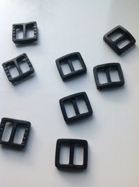 10mm Black Plastic Tri Glide Buckles x 10